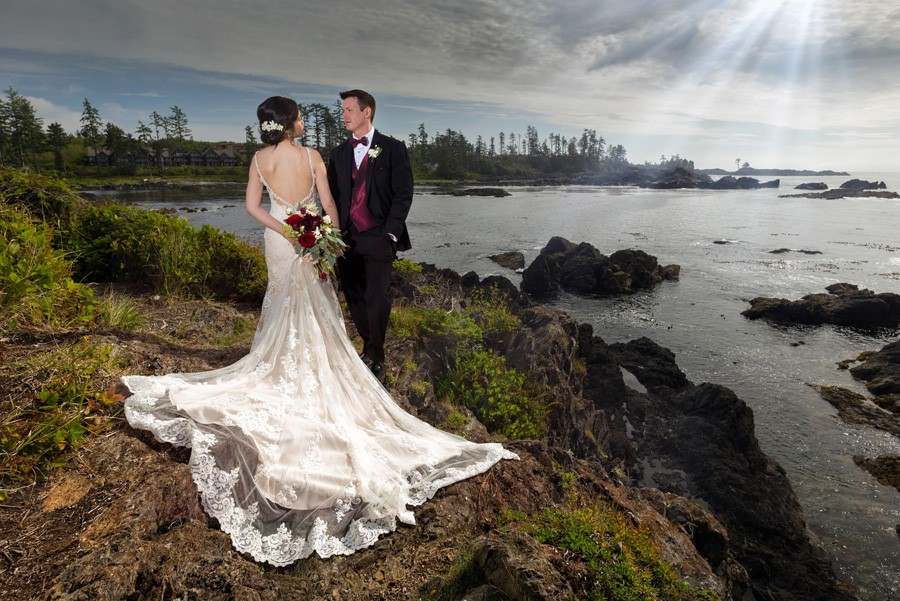 Black Rock Ucluelet Wedding_Chris Boar